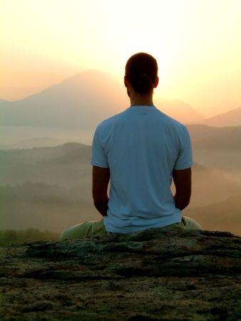 ashtanga: Meditation at Sunrise