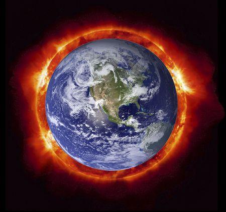 Concepto del sol quema la tierra del planeta (Nasa im�genes). Foto de archivo - 4656705