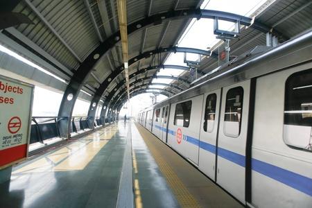 delhi: DELHI - SEPTEMBER 18: new delhi metro train on September 18, 2007 in Delhi, India. Nearly 1 million passengers use the metro daily.