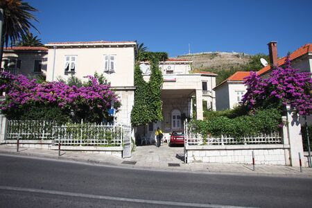 DUBROVNIK - SEPTEMBER 28: Beautiful villa and gardens in bloom on September 28, 2011 in Dubrovnik, Croatia. The city is scattered with villas and luxury palaces. Stock Photo - 10793076