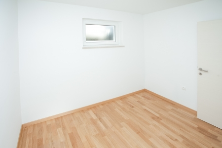 Empty house interior completely unfurnished Stock Photo - 19119090