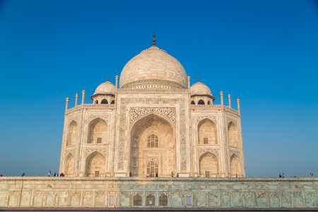 love dome: View of Taj Mahal from East side.