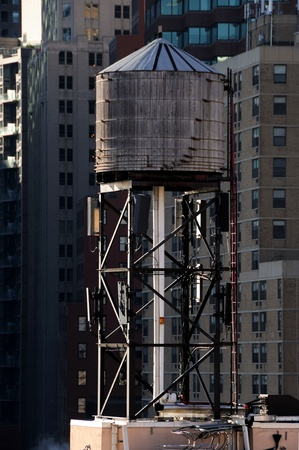 A Watertower in Manhattan Stock Photo - 12408280
