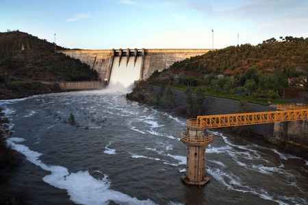 generate: unemblase view emptying water to generate electricity Stock Photo