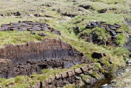 turba: El secado de turba en las tierras altas de Cabo Rua Reidh, Escocia Foto de archivo