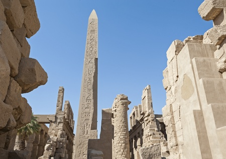 Ancient Egyptian ruins in the temple of Karnak at Luxor Stock Photo - 17598052