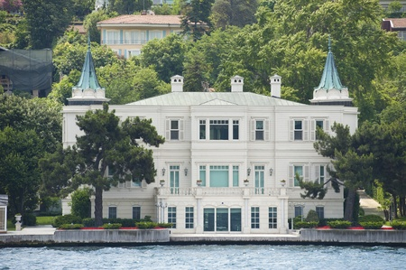Large luxury villa on the water front Stock Photo - 23003964
