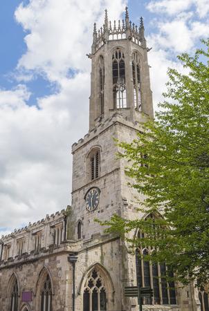 octogonal: Medieval vieja iglesia de Todos los Santos en Ingl�s de la ciudad de York con el reloj y la torre linterna octogonal