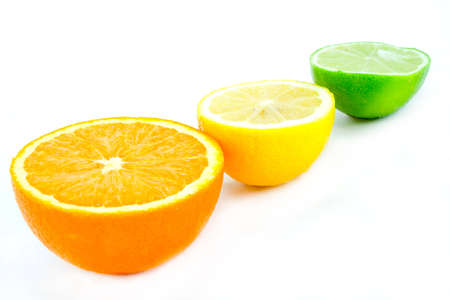 aligned: An arrangement of brightly colored citrus fruits