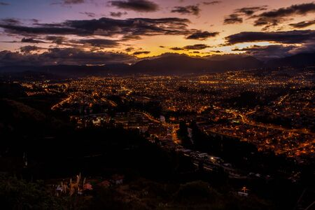 The city of Cuenca Ecuador at sunset. Zdjęcie Seryjne
