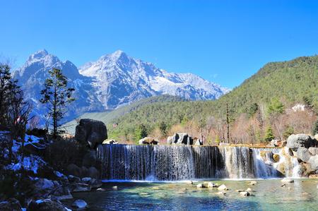 Blue Moon Valley in Yulong Snow Mountain Archivio Fotografico