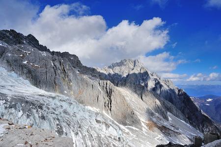 Yulong Snow Mountain in Yunnan, China Archivio Fotografico