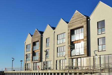 modern riverside flats Stock Photo - 17092029
