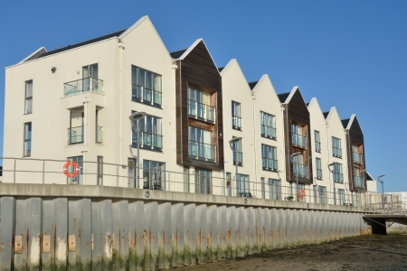 Riverside Flats  Stock Photo - 17092031