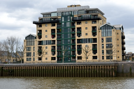 docklands: Modern Riverside Docklands Housing Editorial