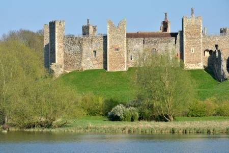 suffolk: Framlingham castle from Mere