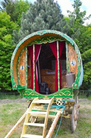 gipsy: Traditional gypsy caravan