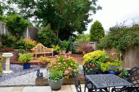 Small low maintenance english garden 免版税图像