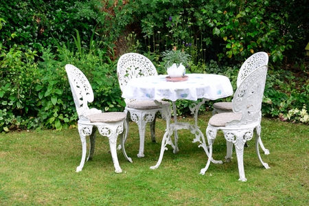 Whjite cast iron garden chairs photo