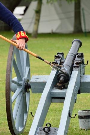 Loading Field canon