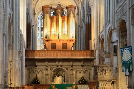 knave: inside norwich cathedral