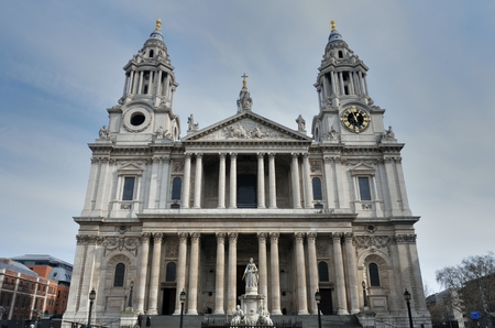 Front of St Pauls Cathedral photo