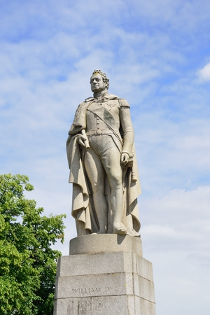 greenwich: Statue of King William iv Greenwich