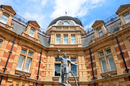 yuri: Yuri Gagarin statue waving in front of Royal Observatory greenwich london Editorial