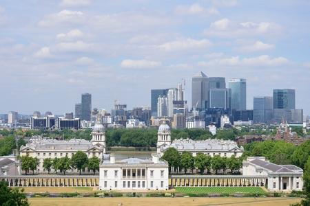 greenwich: GREENWICH LONDON 25 JUNE  2015: Canary Wharf from Greenwich Observatory