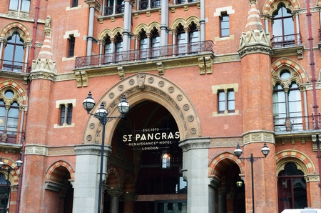 pancras: ST PANCRAS LONDON  26 April 2015: Front of St Pancras Hotel  London