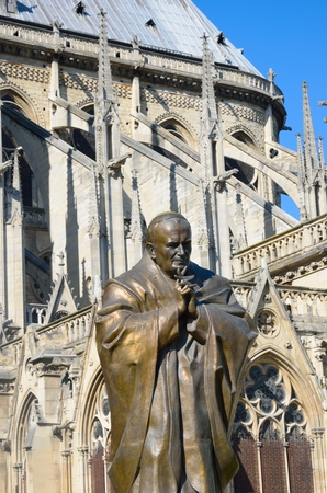paul: Statue of John Paul II  Notre dame Paris