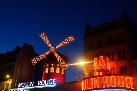 moulin: PARIS FRANCE 8 JUNE 2015:  Moulin Rouge by night Editorial