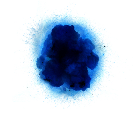 Résumé, explosion bleue de feu contre fond blanc *** Légende locale *** Résumé, explosion bleue de feu sur fond blanc Banque d'images - 80541934