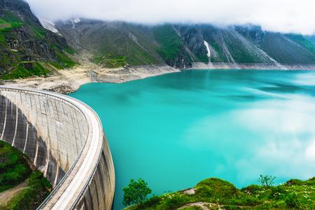 Dam barrier on Mooserboden reservoir near Kaprun, Austria 写真素材