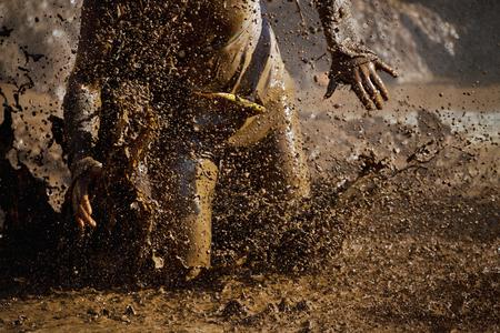 泥レース ランナー