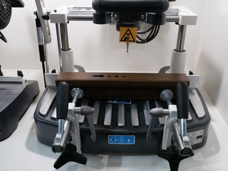 industrial tabletop drilling CNC milling system for DIY craft Imagens - 121186893
