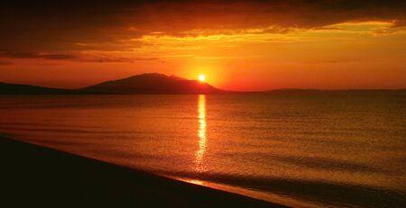 Sunrise in the Gulf of Strymon. Imagens - 127504932