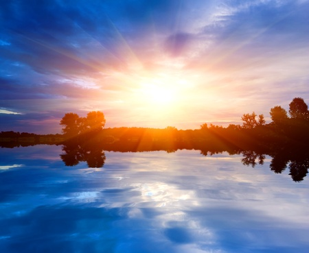 Nice sunset over lake Stock Photo - 9833061