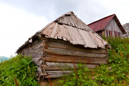 old abandoned wooden houses photo