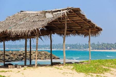tuinhuis: zomerhuis op oceaan wal