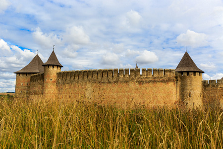 fastness: Autumn landscape with old castle in Khotyn town, Ukraine Editorial