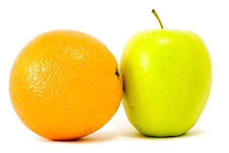 apple and orange close-up