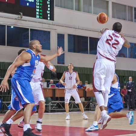 nesterov: SAMARA, RUSSIA - OCTOBER 20: J.R. Bremer of BC Krasnye Krylia makes the pass of a player of his team against BC Yenisey October 20, 2010 in Samara, Russia. Editorial