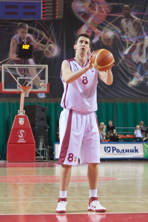 pbl: SAMARA, RUSSIA - MAY 11: Artem Kuzyakin of BC Krasnye Krylia gets ready to throw from the free throw line in a game against BC Enisey on May 11, 2011 in Samara, Russia