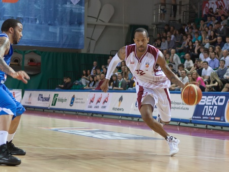 pbl: SAMARA, RUSSIA - MAY 11: Ernest J.R. Bremer of BC Krasnye Krylia, with ball, is on the attack during a BC Enisey game on May 11, 2011 in Samara, Russia.