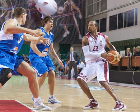 pbl: SAMARA, RUSSIA - JUNE 04: Ernest J.R. Bremer of BC Krasnye Krylia, with ball, is on the attack during a BC Enisey game on June 04, 2011 in Samara, Russia. Editorial