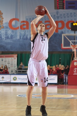 pbl: SAMARA, RUSSIA - NOVEMBER 02: Evgeny Kolesnikov of BC Krasnye Krylia throw from the free throw line in a game against BC Lokomotiv-Kuban on November 02, 2011 in Samara, Russia.