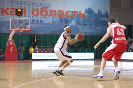 pbl: SAMARA, RUSSIA - FEBRUARY 18: Brion Rush of BC Krasnye Krylia makes 3-point shot in a game against BC Spartak-Primorye on February 18, 2012 in Samara, Russia. Editorial