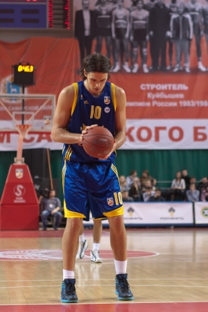 pbl: SAMARA, RUSSIA - APRIL 01: Loncar Kresimir of BC Khimki gets ready to throw from the free throw line in a game against BC Krasnye Krylia on April 01, 2012 in Samara, Russia.
