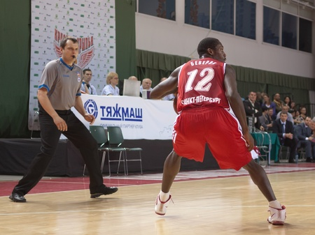 spartak: SAMARA, RUSSIA - MAY 03: Patrick Beverley of BC Spartak, with ball, is on the attack during a BC Krasnye Krylia game on May 03, 2012 in Samara, Russia.